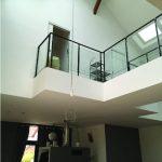 Maison moderne escaliers par Kréatitud Déco-design Dijon